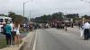 Автофургон врезался в толпу старшеклассников на параде в Алабаме