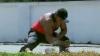 Индиец разбил 124 кокоса за 47 секунд