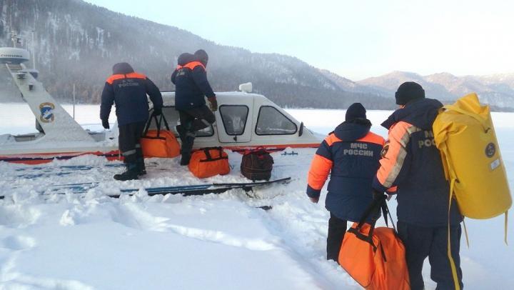 МЧС прекратило наземные поиски разбившегося на Алтае вертолета