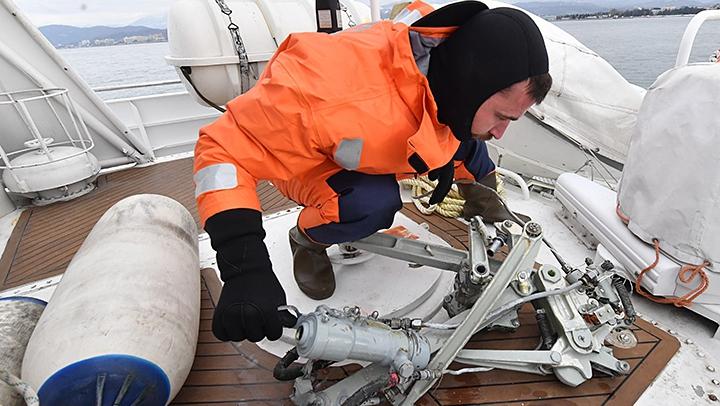 Фрагменты тел и 78 обломков найдены на месте крушения Ту-154 в Сочи