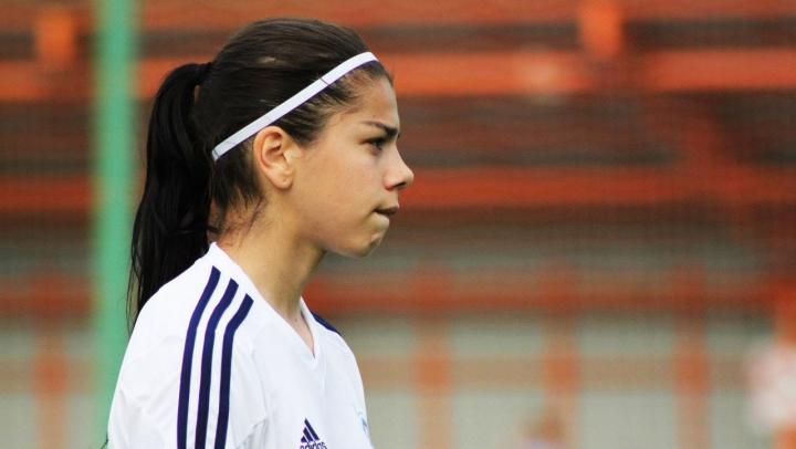 Звёздную футболистку, матерившуюся в Сети, не взяли в сборную России
