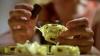 Великобритания снизит содержание сахара в сладостях на 20%