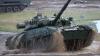 Полицейский разворот танка Т-80 сняли на видео