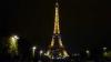 Эйфелева башня погрузилась во мрак в память о жертвах теракта в Лондоне