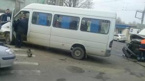 Сильная авария в центре Кишинева: столкнулись три машины