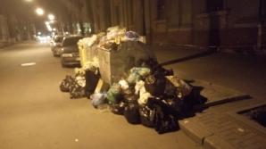 Столичные улицы заполнили горы мусора, из-за жителей Бубуечь, перекрывших дорогу к полигону