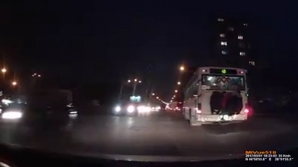 Опасное развлечение кишинёвских подростов засняли на видео