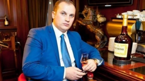 """""""Гламурный"""" адвокат Валериан Мынзат вымыл полы в СИЗО 13-ой тюрьмы"""