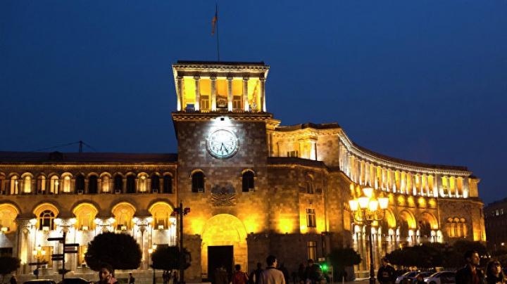 Солист System of a Down объяснил, почему стал наблюдателем на выборах в Армении