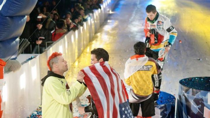 Кэмерон Нааш стал чемпионом мира по скоростному спуску на коньках