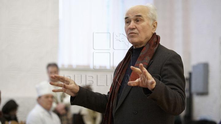 Медведев поздравил композитора Евгения Догу с юбилеем