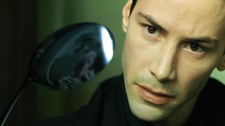 """Студии Warner Bros. предложили хорошенько подумать перед перезапуском """"Матрицы"""""""
