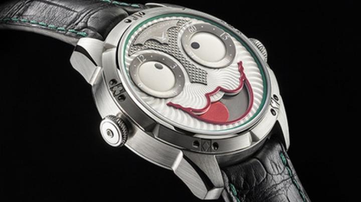 Константин Чайкин создал смеющиеся часы
