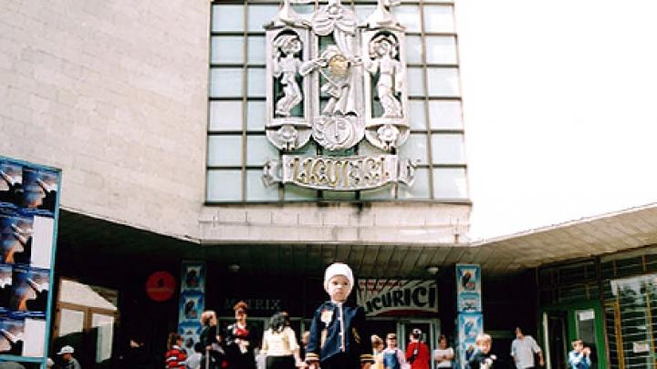 """В канун 8 Марта в Театре """"Ликурич"""" открылась традиционная ярмарка рукоделия"""