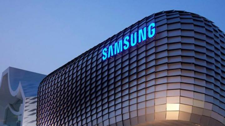 Арестованного экс-главу Samsung вынудят в камере смотреть телевизор от LG