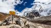 Известный Швейцарский альпинист Уели Стек погиб, покоряя Эверест