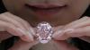 """Знаменитый бриллиант """"Розовая звезда"""" ушел с молотка за рекордные 71,2 млн долларов"""