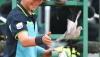 Наглый голубь прервал теннисный матч
