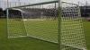 Башкирскую школьницу придавило футбольными воротами
