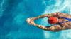 Врачи призывают родителей записывать детей на плавание
