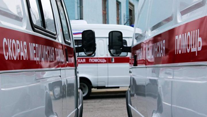 На севере Москвы восемь машин сгорели из-за взрыва баллона в «Газели»