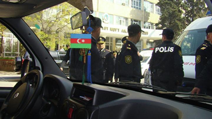 На западе Азербайджана перевернулся автобус