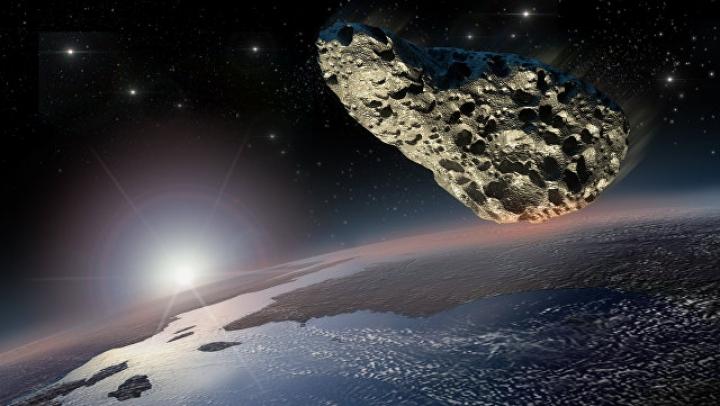 К Земле мчится астероид-гигант