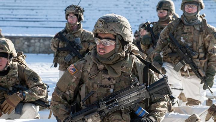 В Латвии на военных учениях пострадали трое американцев