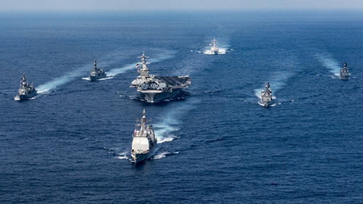 """КНДР пригрозила уничтожить авианосец """"Карл Винсон"""" в случае агрессии США"""
