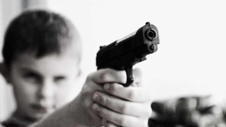 В Канаде 12-летний мальчик случайно застрелил своего друга