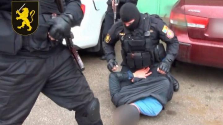 Опубликованы видеокадры задержания подозреваемых в покушении на  Влада Плахотнюка