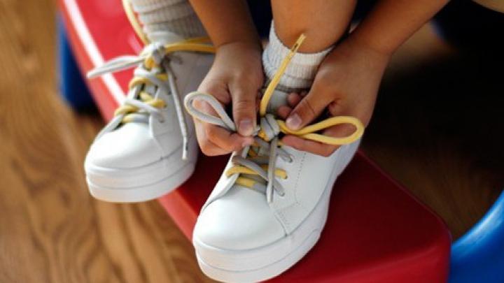 Учёные выяснили, почему развязываются шнурки