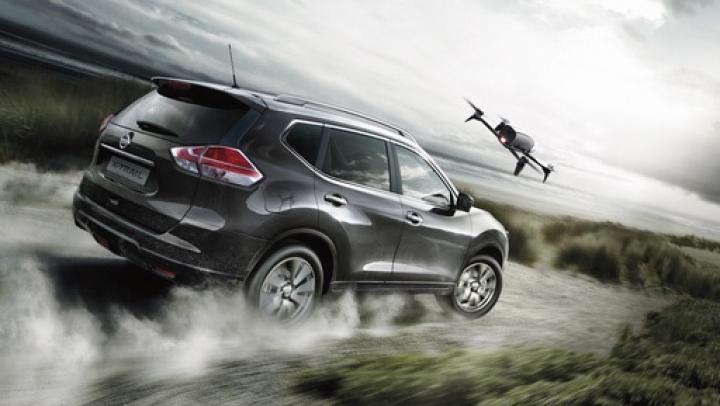 Nissan выпустил спецверсию X-Trail, оснащенную дроном