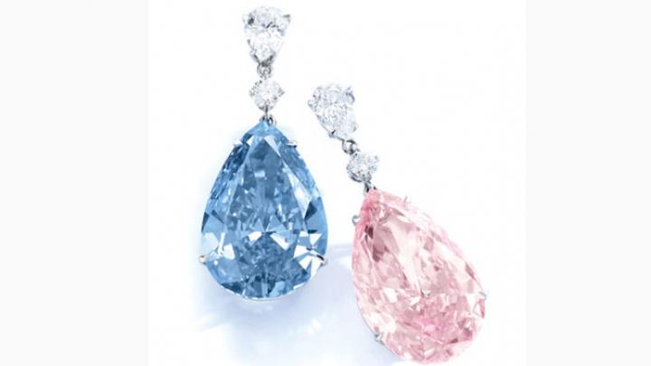 Аукционный дом Sotheby's выставил на торги серьги с голубым и розовым бриллиантами