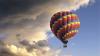 В Канаде девушке сделали предложение на воздушном шаре, а потом он упал