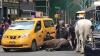 Испуганная лошадь врезалась в такси в центре Нью-Йорка