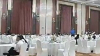 В Китае жених привёл на свадьбу 200 фальшивых родственников