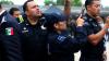 В Мексике трое злоумышленников ограбили автобус с 29 полицейскими