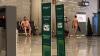 Aбсолютно голый пассажир разгуливал по аэропорту Майорки