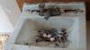 Голубь свил гнездо из использованных наркоманами шприцов