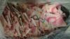 Один дома: ребенок порвал банкноты на 10 тысяч долларов