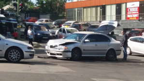 Из-за ДТП на Буюканах образовалась автомобильная пробка