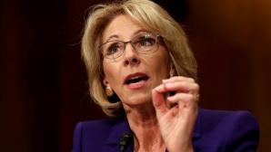 Во Флориде студенты освистали министра образования США