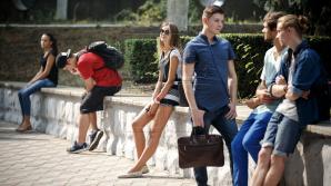 Школьники и студенты занялись поиском работы на лето