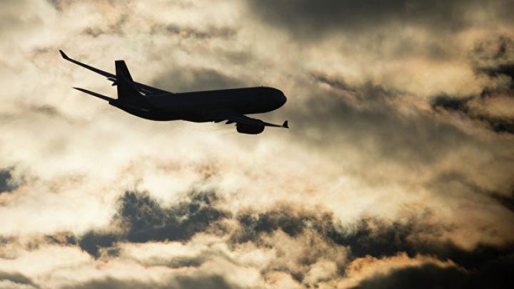 Ураган повредил три самолета в Шереметьево