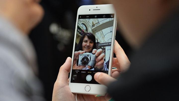 Фотографии готового прототипа iPhone 8 утекли в Сеть