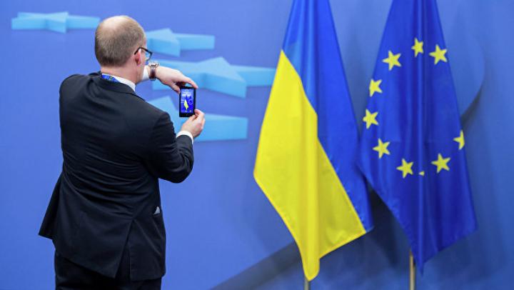 Могерини пообещала в ближайшие дни упростить визовый режим для Украины