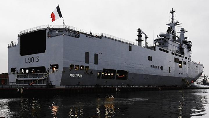 Учения в Тихом океане перенесли из-за севшего на мель французского катера