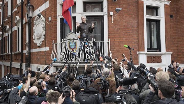 Ассанж пообещал, что WikiLeaks продолжит свою работу