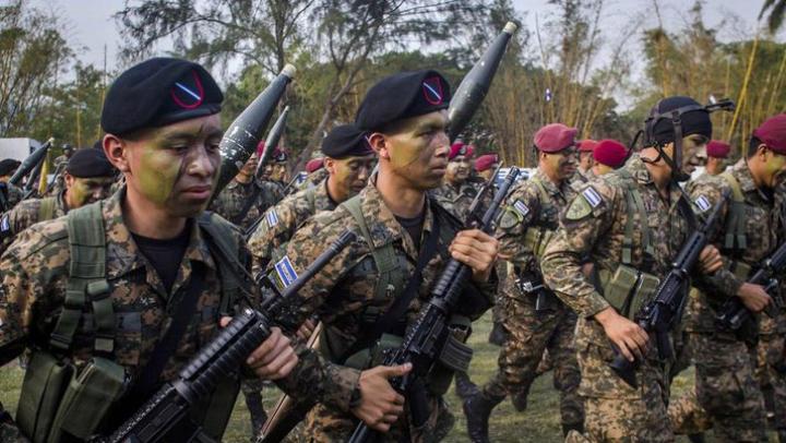 Минобороны Сальвадора: бандиты проникают в армию и полицию